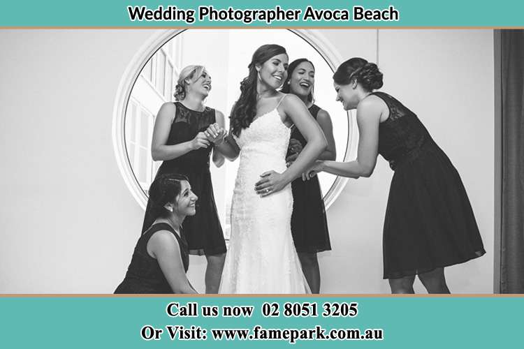Photo of the Bride having a good laugh with the girls Avoca Beach