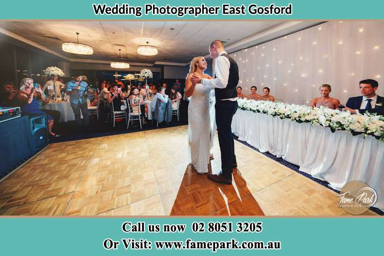 Photo of the Bride and the Groom dancing on the dance floor East Gosford NSW 2250