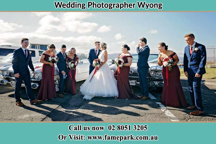 Photo of the Groom and the Bride with the entourage Wyong NSW 2259